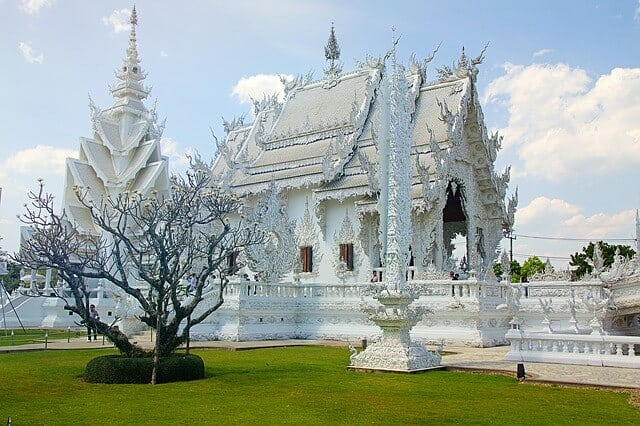 המקדש הלבן - The White Temple